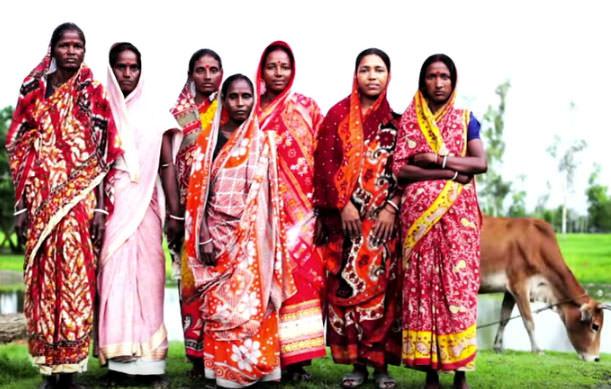 indian-women-cow